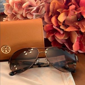 Tory Burch Sunglasses Aviator
